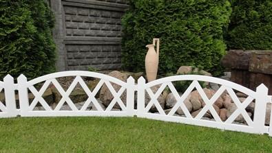 zahradny-plotik-2-3-m-biela