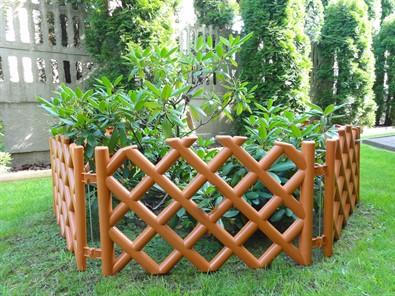 zahradny-plotik-mriezka-teracota